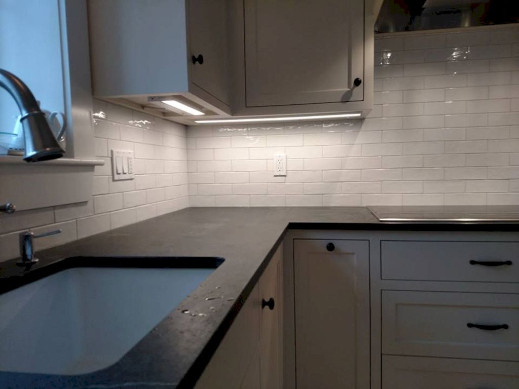 Sonoma Tile Makers offer some premium choices for your kitchen backsplash