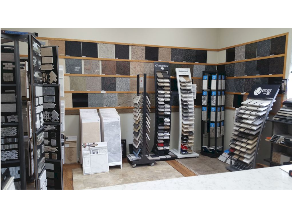 Huge number of travertines and porcelain selections